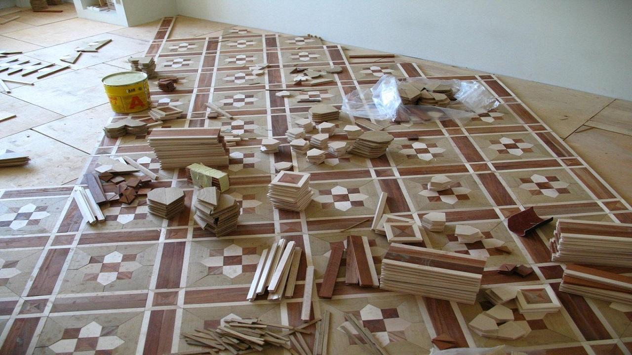 Укладка художественного мозаичного паркета